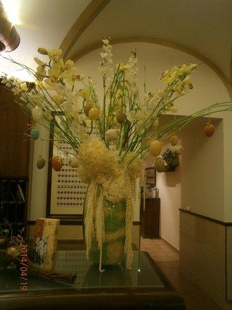 Domus Carmelitana : Easter decoration