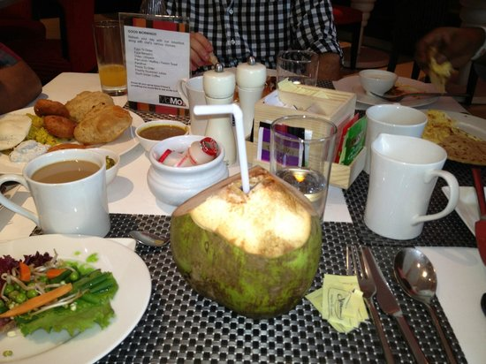Courtyard Gurgaon: Fresh coconut juice served at MoMo's