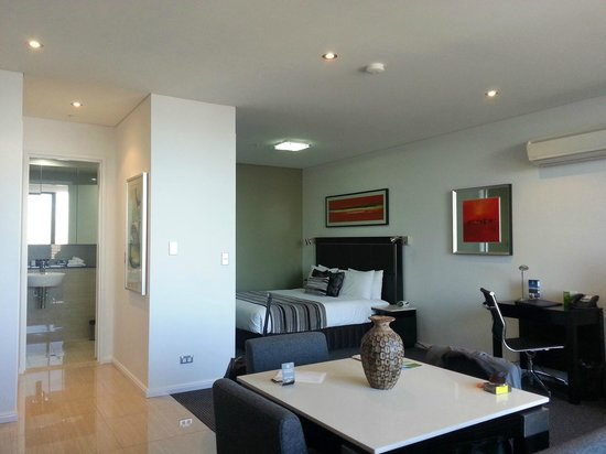 Meriton Serviced Apartments Campbell Street : Studio apartment