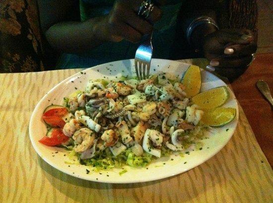 Leonardo's Restaurant: Ein leckerer Frutti di Mare Salat als Vorspeise