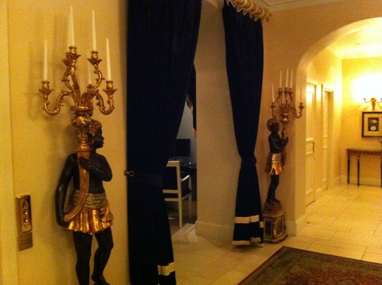 Grand Palace Hotel: отель