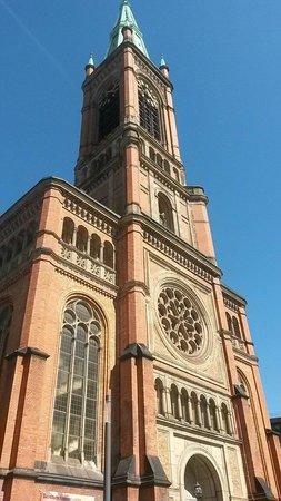 Kirche St. Lambertus: The church from outside