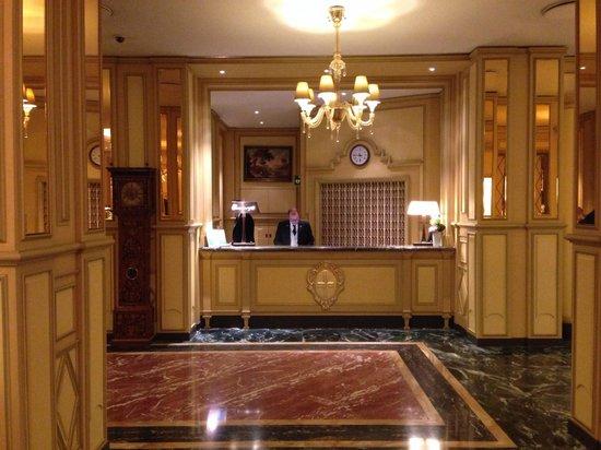 Hotel Principe Di Savoia : Reception