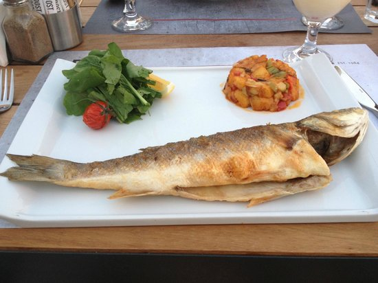 Dost Restaurant: Sea Bass