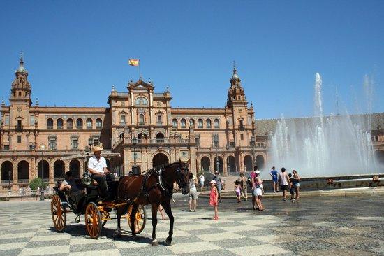 Place d'Espagne : Una delle piazze più belle!