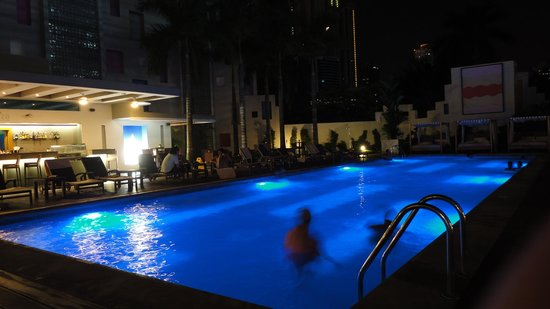 Hotel Riu Plaza Panamá: Pool / Piscina