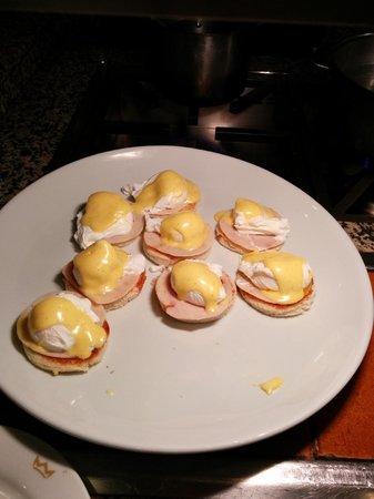 Hotel Riu Plaza Panamá: Eggs Benedicts
