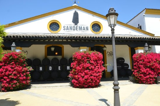 The House of Sandeman Jerez: Front