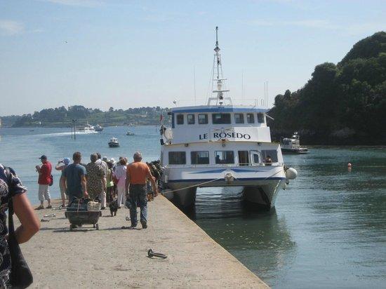 Hotel BelleVue : débarquement /embarquement des touristes