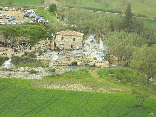 Casale Il Grottino : panorama cascatelle