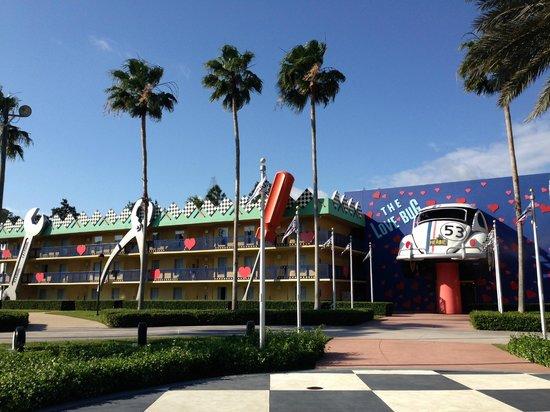 Disney's All-Star Movies Resort : Facciata di accesso alla nostra camera
