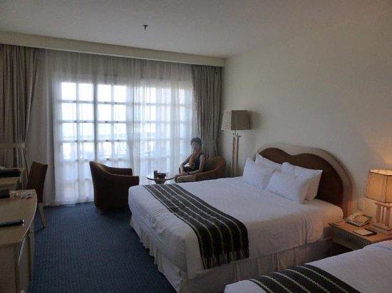 Sunrise Nha Trang Beach Hotel & Spa: Room 311