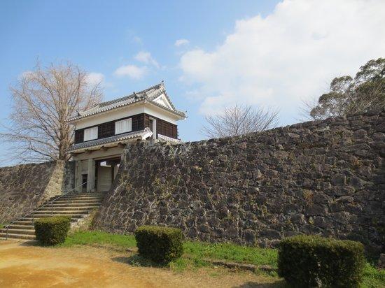 Usuki Castle Ruin: 二の丸大門