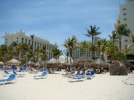 Hotel Riu Palace Aruba: Palapas