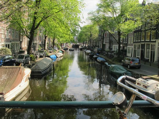 Hampshire Hotel - Eden Amsterdam : An Amsterdam Canal