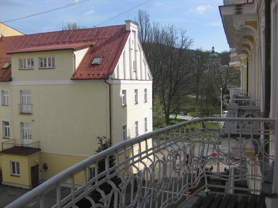 Orea Spa Hotel Bohemia: Вид с балкона