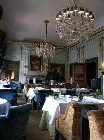 Cliveden House: Dining room