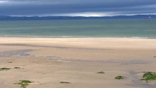 The Braighe Bed and Breakfast: Stunning beach round the corner from The Braighe