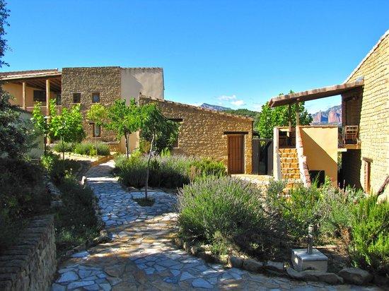 Alen d'Aragon: vue partielle de l'hôtel