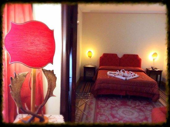 Hotel Portici Arezzo, Tuscany: Red Suite, Hotel Arezzo Centro storico,vicino stazione,Tel. 0575299901