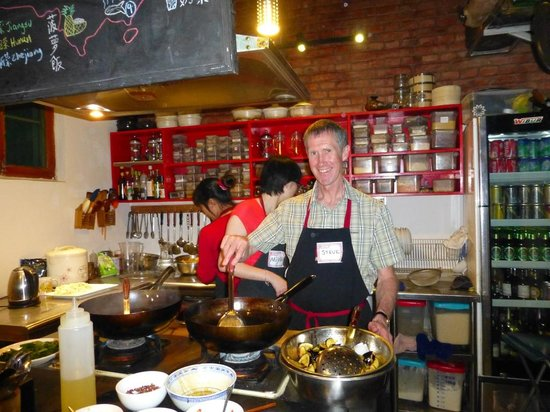 The Hutong - Culture Exchange Center : Hands-on cooking