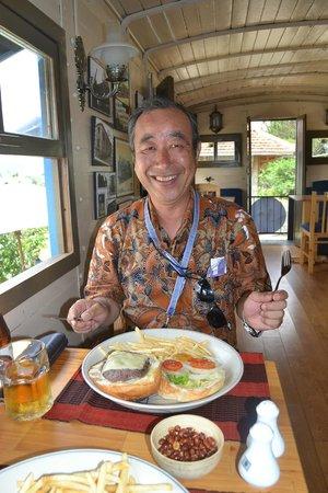 Dalat Train Cafe: 車内(店内)にて