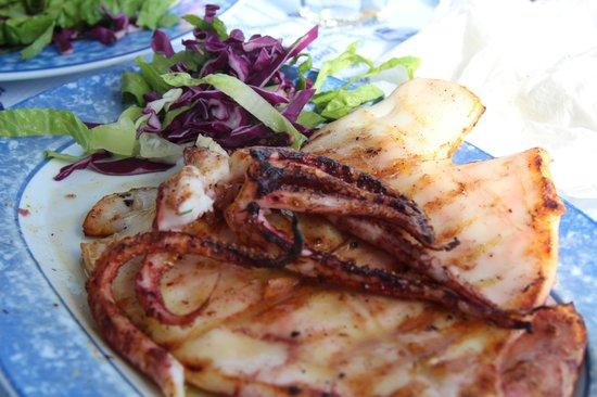 Thalami : Grilled squid