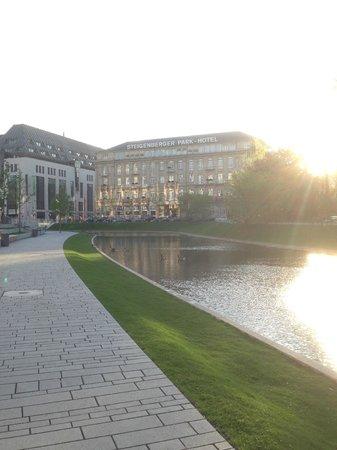 Steigenberger Parkhotel Duesseldorf: Nice hotel