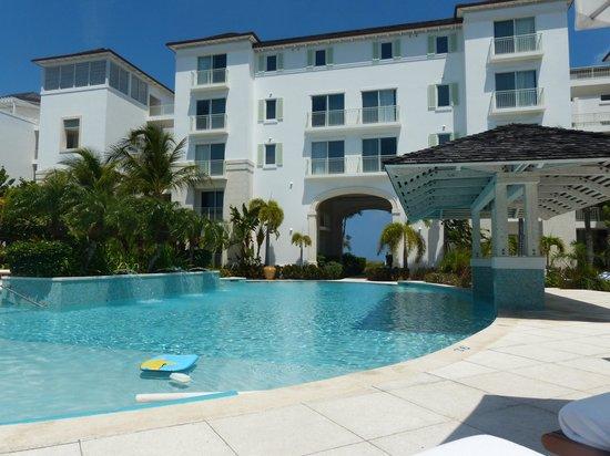 West Bay Club: Pool