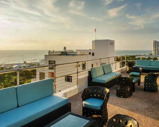 The raleigh miami beach updated 2018 prices hotel for Raleigh hotel miami restaurant