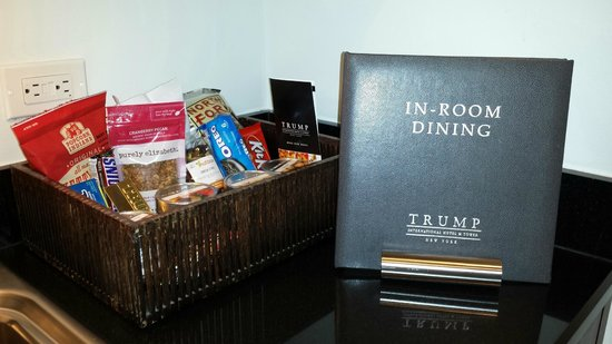 Trump International Hotel and Tower New York: There are snacks for all diets