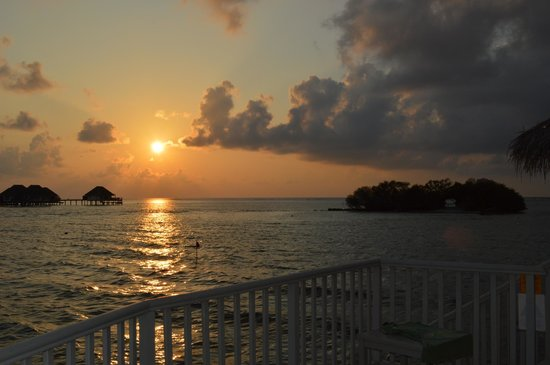 Cinnamon Dhonveli Maldives: Sunset