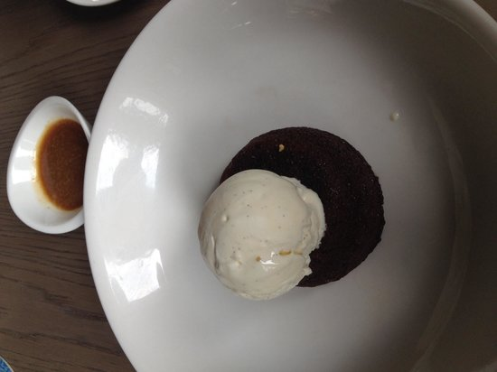 The Disgruntled Chef: Sticky date pudding