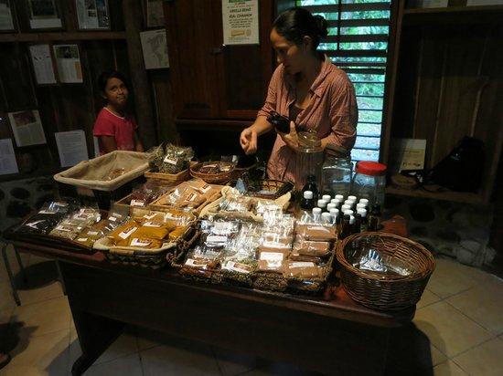 Villa Vanilla / Rainforest Spices : Giftshop