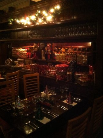 Dillons Bar & Restaurant: Christmas at Dillons