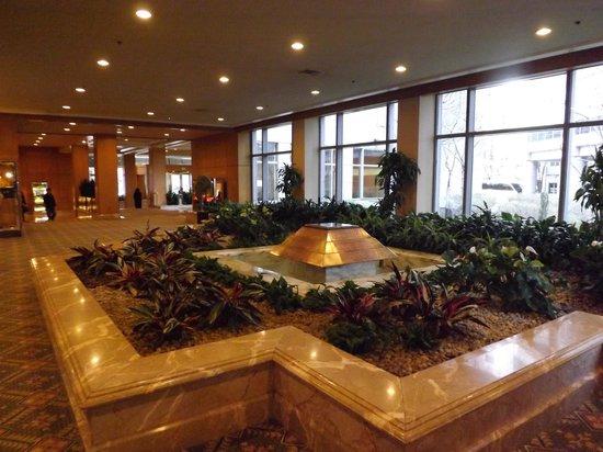 The Logan Philadelphia, Curio Collection by Hilton : The Lobby