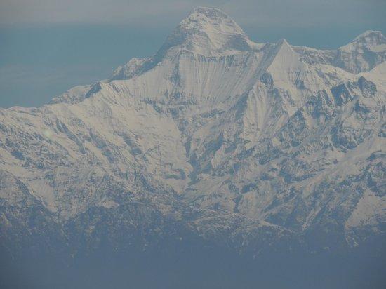 Khazanchand Mansion: Range of Himalayn.