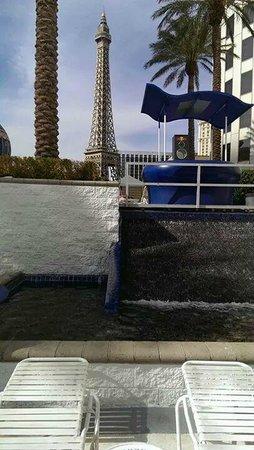 Planet Hollywood Resort & Casino: pool area