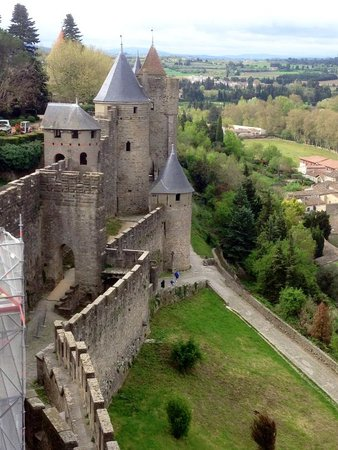 Best Western Le Donjon Les Remparts: A view from the ramparts