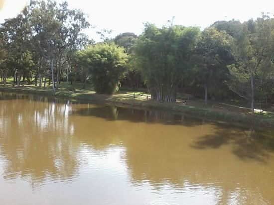 Parque das Águas: Lago do parque