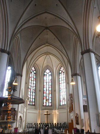 SANDEMANs NEW Europe - Hamburg: inside St Petri