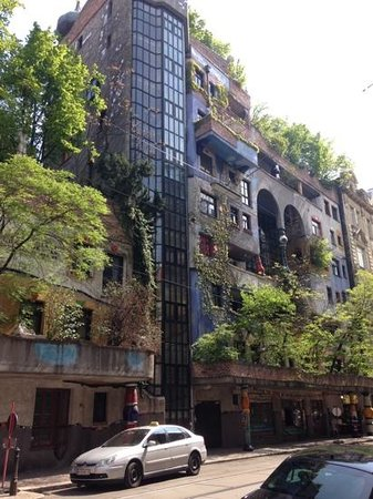 Kunsthaus Wien : home can be part of the nature