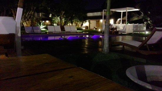 Serena Hotel Boutique Buzios : noche