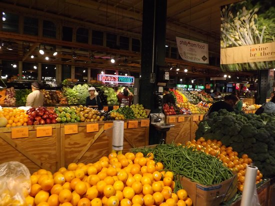 Reading Terminal Market: Fruit and Flowers