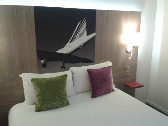 Ibis Styles Toulouse Cité Espace Hotel : Con el Concorde encima nuestro ;)