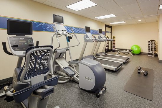 Hampton Inn Madison East Towne Mall Area: Fitness Center