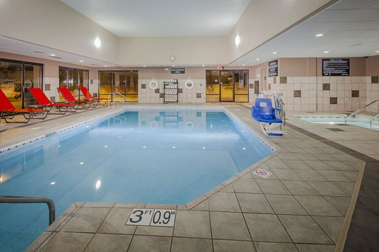 Hampton Inn Madison East Towne Mall Area: Indoor Pool