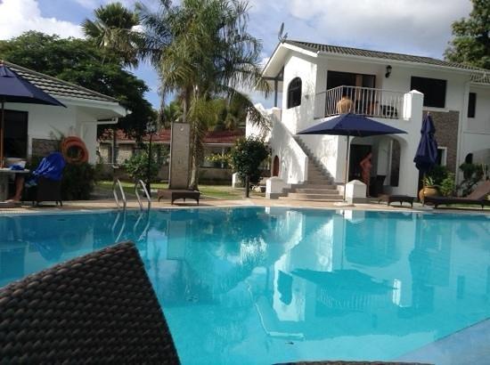 Sun Resort: nous y avons passe 15 jours absolument merveilleux hotel familial et tres convivial personnel tr