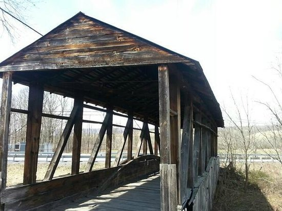 Bedford County Covered Bridge Driving Tour: 6. Cuppett Covered Bridge, NSFW (not safe for walking)