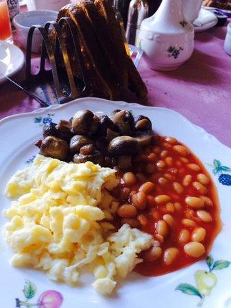 Port Gaverne Hotel: Best breakfast of the trip!